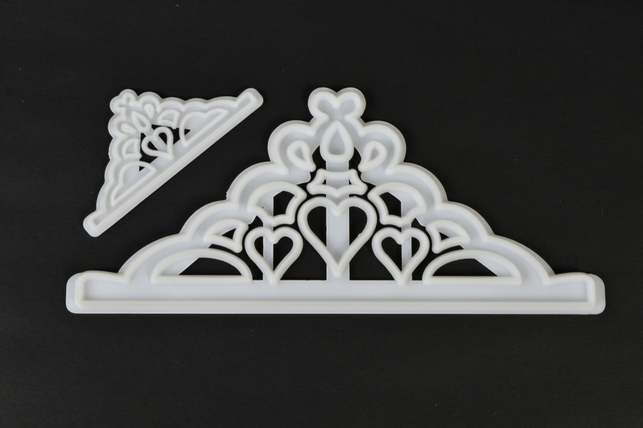 FMM Tiara Cutter (Set of 2)